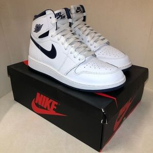 Nike Retro Air Jordan White Metallic Navy 1s 1